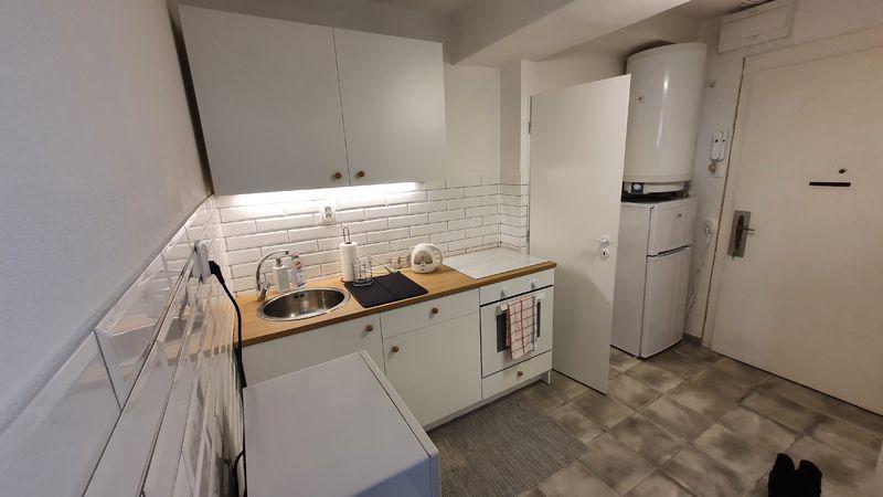 1-izbový byt, Banská Bystrica, Skuteckého, 33 m2 | 350 €/mes. bez energií  | foto