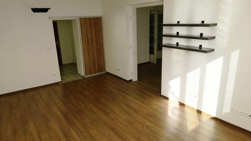 3-izbový byt, Banská Bystrica, Skuteckého | 600 €/mes. bez energií  | foto