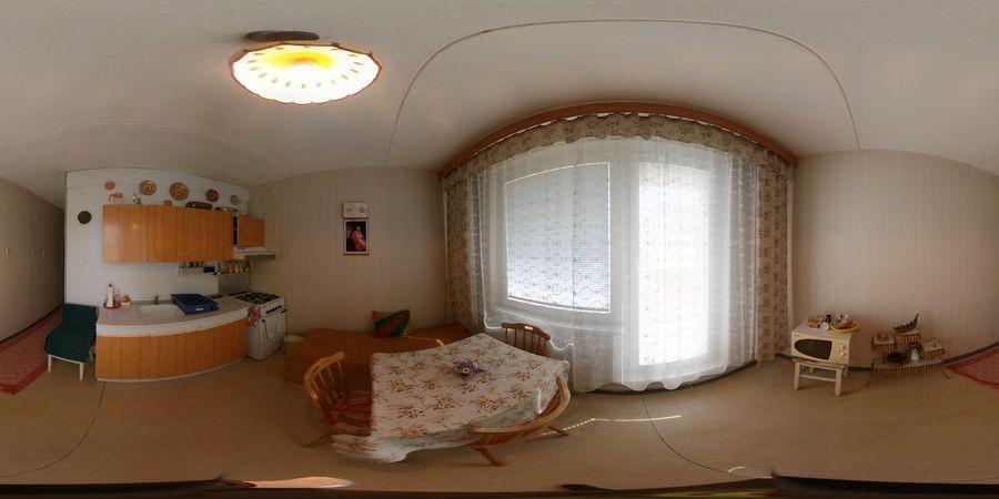 REZERVOVANÉ 2-izbový byt, Banská Bystrica, Strážovská, 64 m2   122.000 €    panoráma